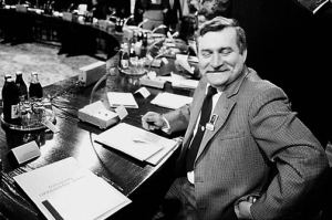 Wałęsa at the Table